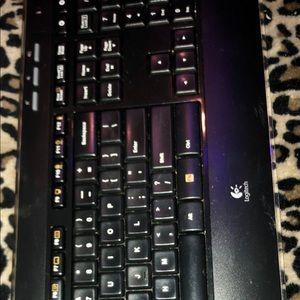 Logitech Office - Logitech Wireless Keyboard